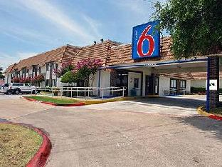 Фото отеля Motel 6 Dallas - Duncanville