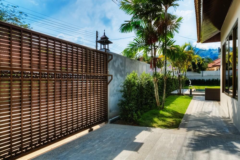 3 BD Garden pool villa in Bangtao Discount