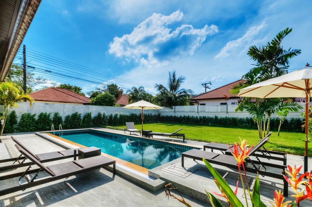 Review 3 BD Garden pool villa in Bangtao