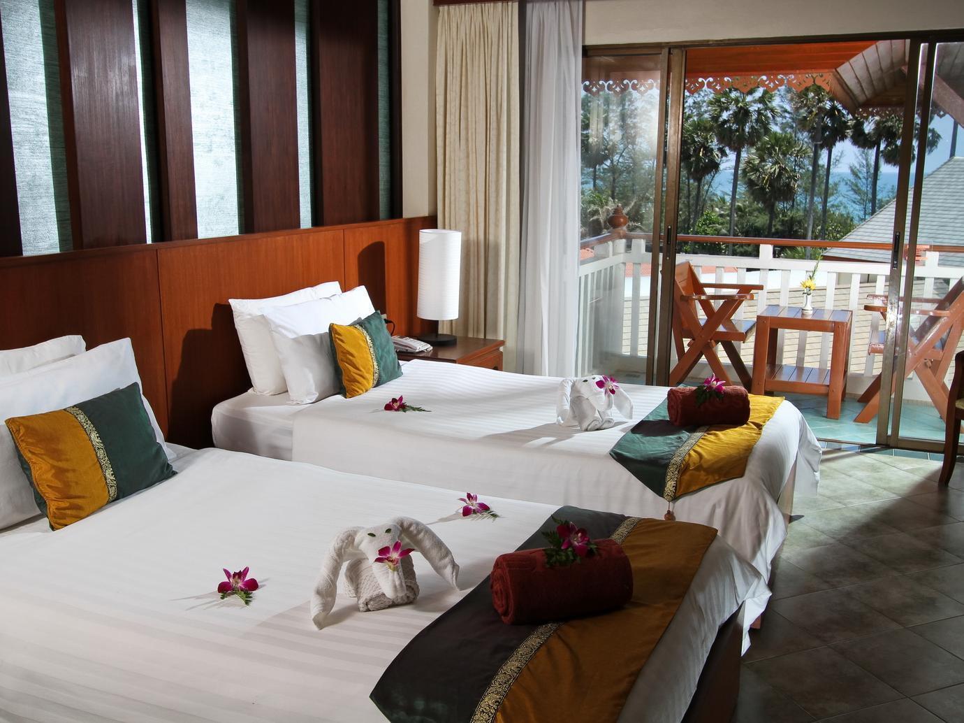 Baan Karonburi Resort บ้านกะรนบุรี รีสอร์ท
