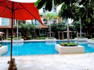 Apartment near pool family - Bangkok