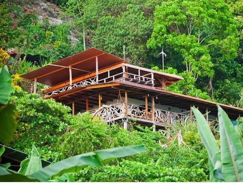 Lookout Inn Beach Rain Forest Eco Lodge