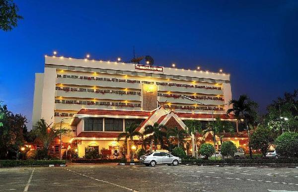 Maeyom Palace Hotel Phrae