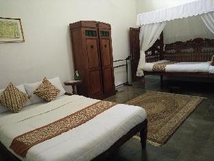 Ndalem Natan Royal Heritage - Family Room 2 Yogyakarta