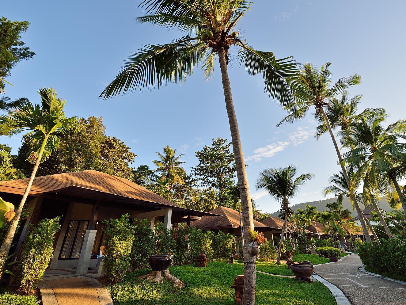 Lanta Sand Resort & Spa ลันตา แซนด์ รีสอร์ท แอนด์ สปา