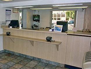Motel 6 Phoenix Tempe   Priest Drive   Arizona State University