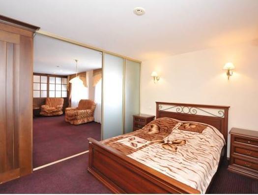 Neftyanik Hotel