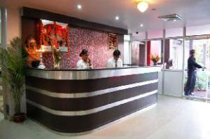 阿巴宫酒店 (Hotel Abhay Palace)