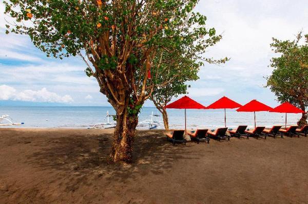 Bali Taman Beach Resort & Spa Lovina Bali