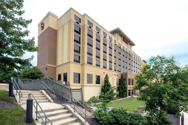 Sheraton Baltimore Washington Airport Hotel   BWI