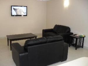 Cityville Luxury Apartments & Motel