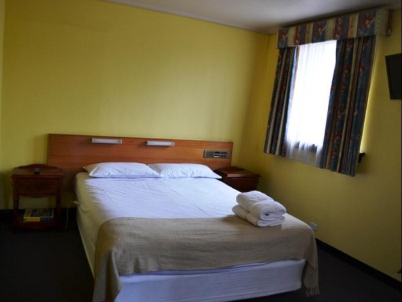 Welcome Stranger Hotel