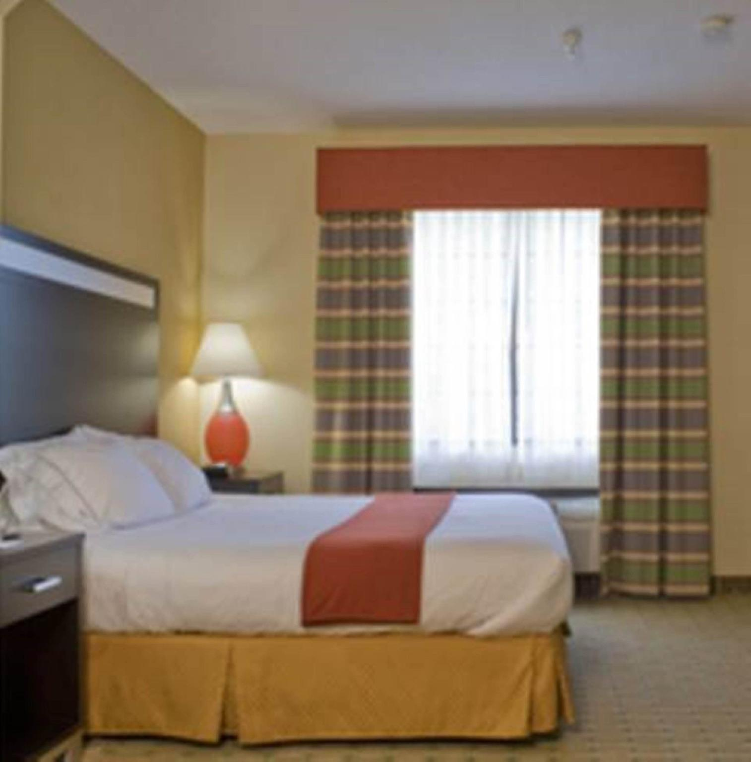 Holiday Inn Express And Suites Kennesaw Northwest   Acworth