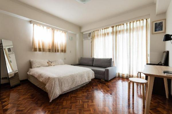 Great Spacious & 4BR Family [MRT BLxBR 6 mins] Taipei