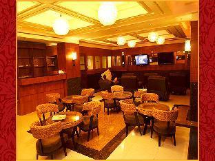 picture 4 of Lido de Paris Hotel