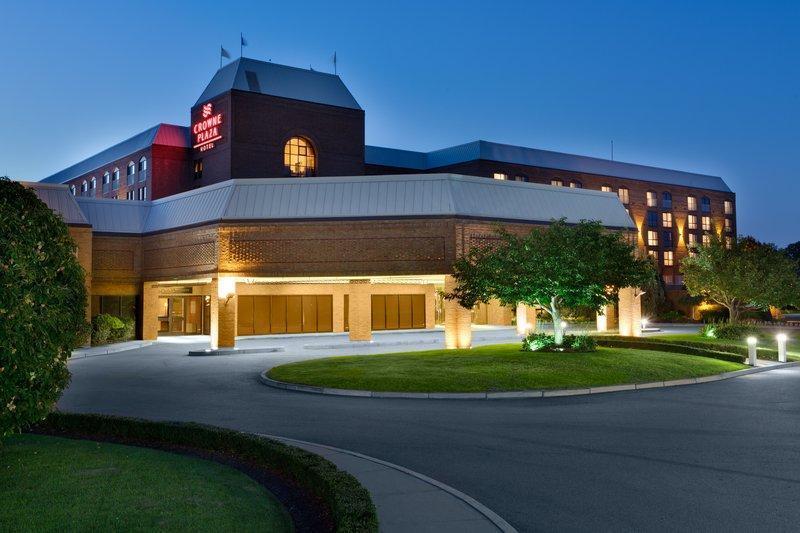 Crowne Plaza Providence Warwick Airport