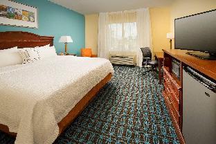 Fairfield Inn & Suites Marshall