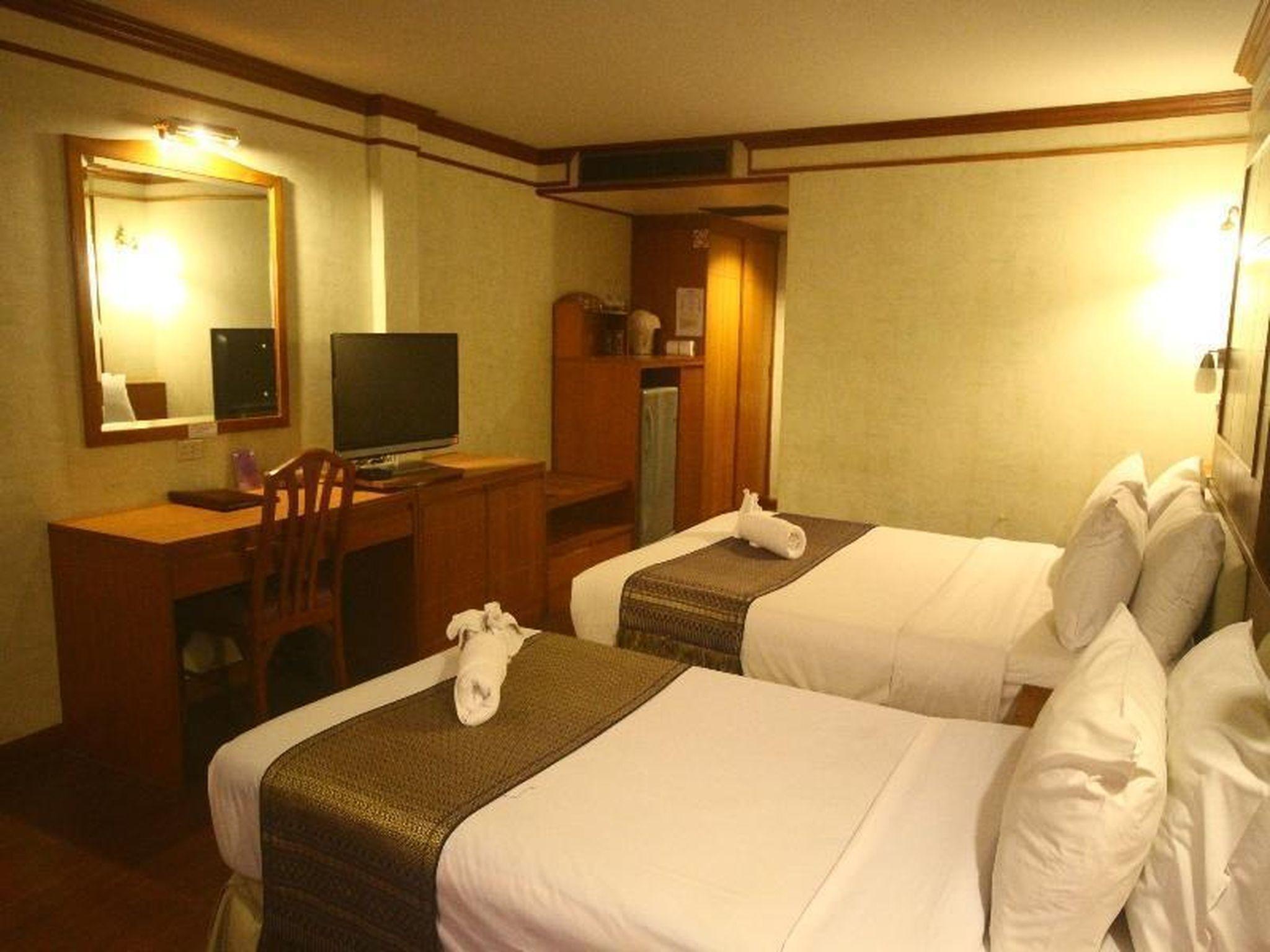 Ao Nang Beach Resort อ่าวนาง บีช รีสอร์ต