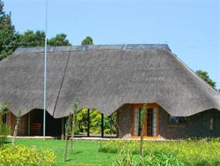 African Flair Country Lodge