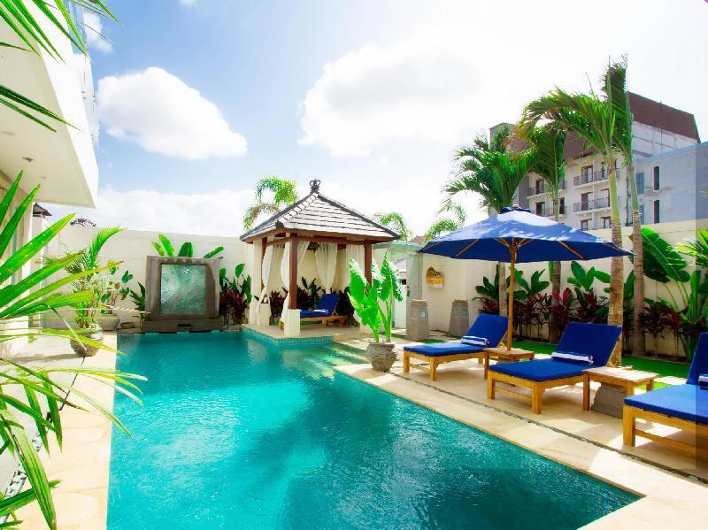 Aq-Va Hotel & Villas