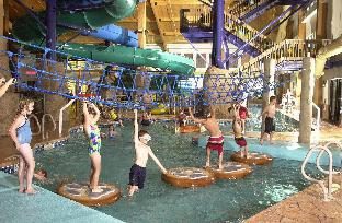 Tundra Lodge Resort - Waterpark and Conference C Green Bay (WI)