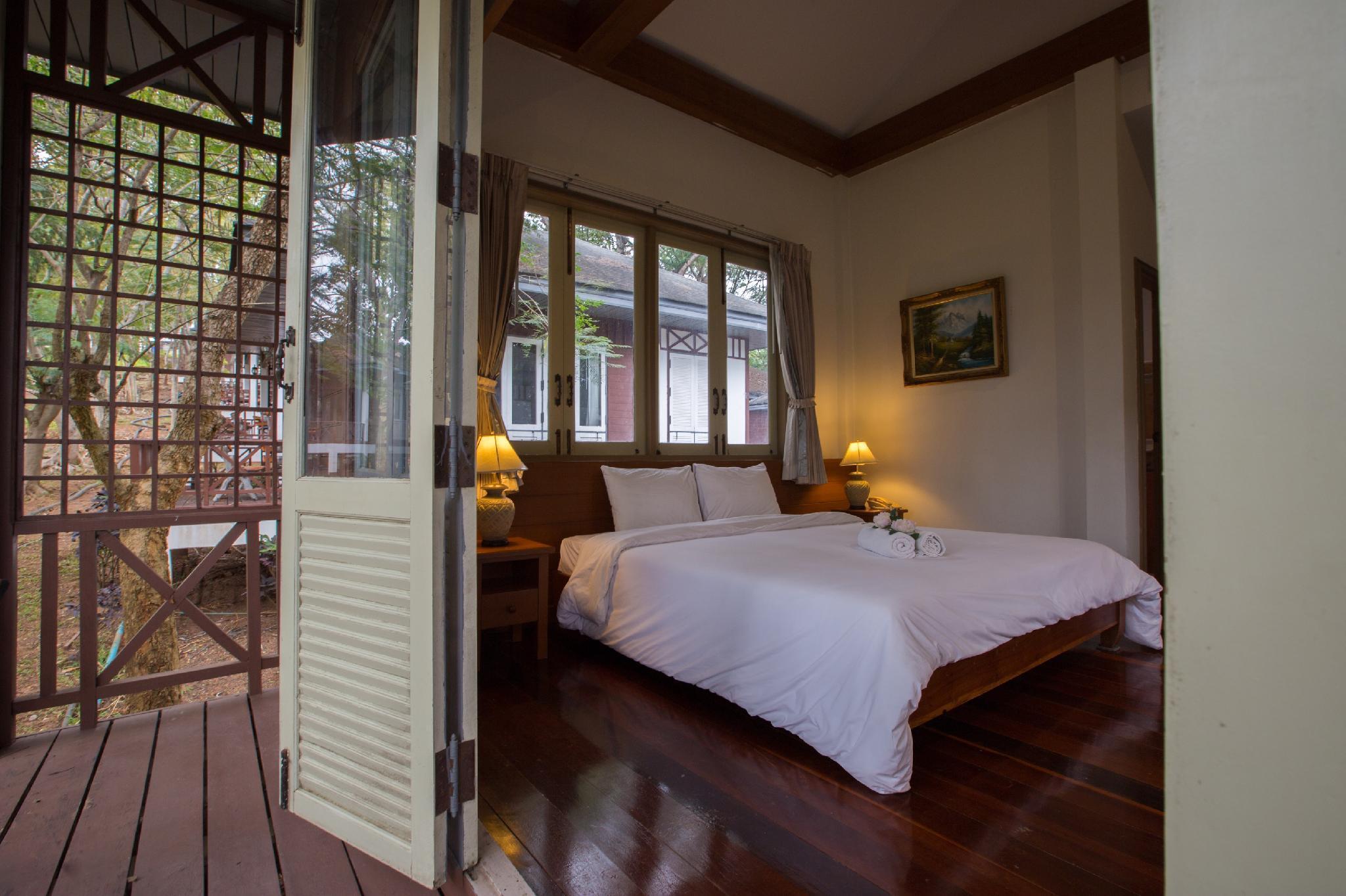 Starlite Khaoyai Hotel and Resort โรงแรมและรีสอร์ท สตาร์ไลท์ เขาใหญ่