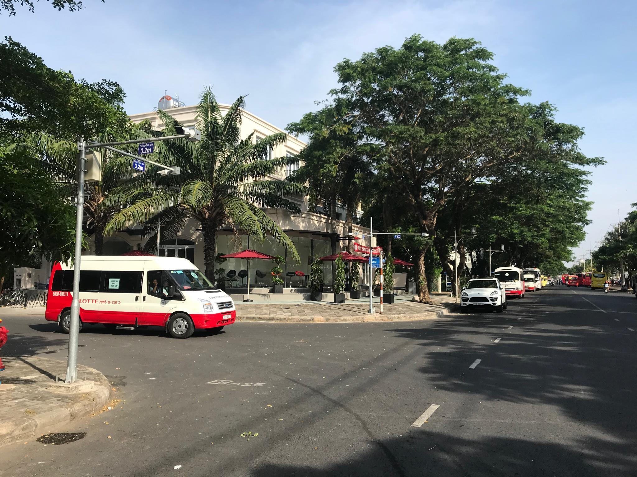 Paiza Residences
