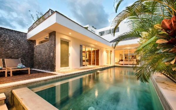 2 Bedroom, Beautiful Villa in Seminyak Bali