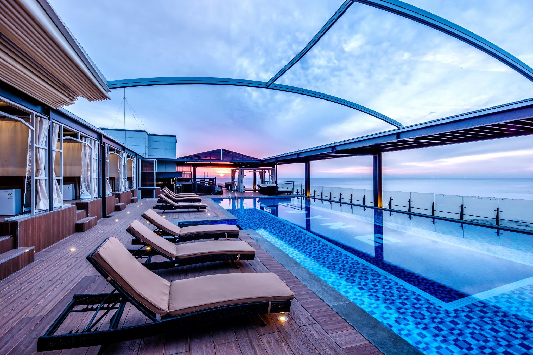 Dyne Oceano Hotel