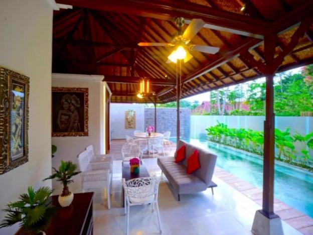2BR LUXURY Villa w/ PRIVATE Pool in Ubud CENTER