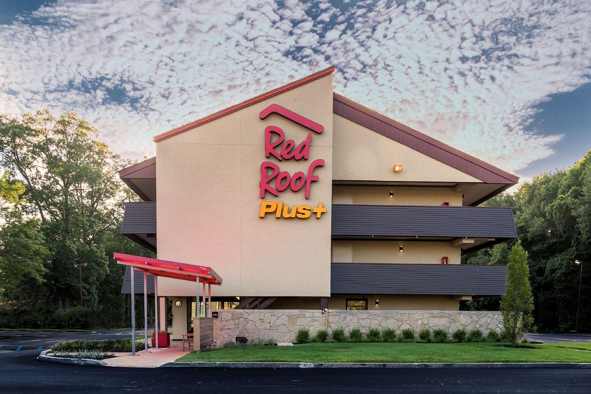 Red Roof PLUS+ Wilmington   Newark