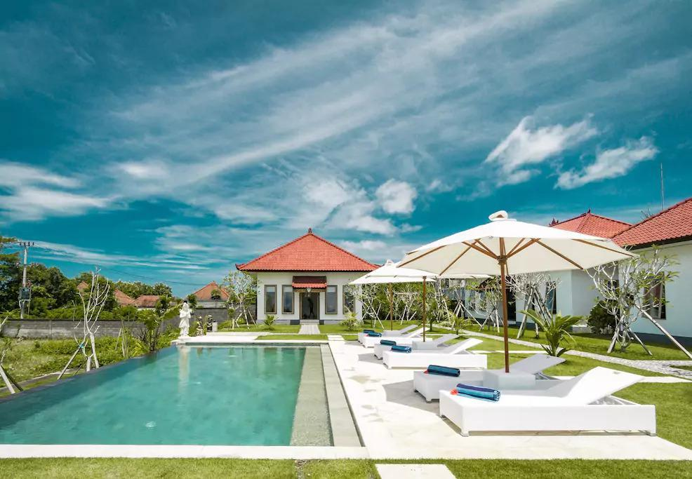 Teges Asri  Bright And Sunny Green Lawn With Pool  2