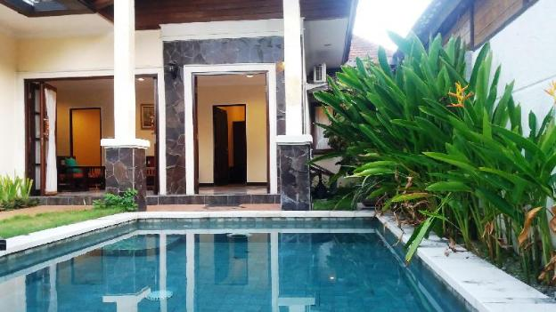 Homely 2 Bedroom Villa with Private Pool & Kitchen