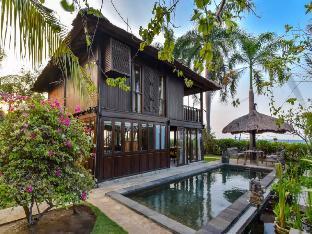 Villa Lumbung Private LUXURY BEACH FRONT Villa Bali