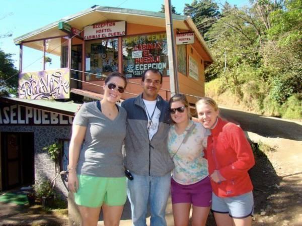 Cabinas El Pueblo BandB Monteverde
