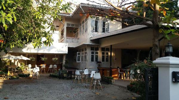 Coc Hostel & Guesthouse Chiang Mai