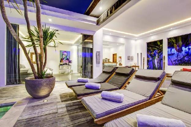 Hidden Luxury Private Villa Seminyak Area