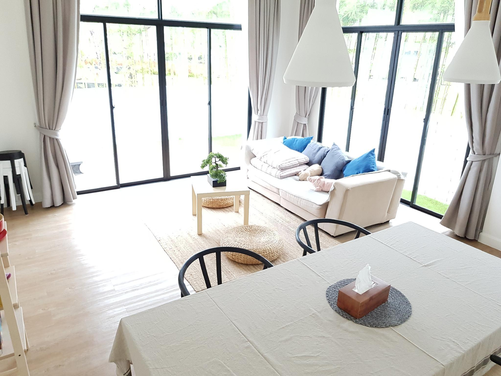 Jacuzzi 3Bedroom Villa in Chalong วิลลา 3 ห้องนอน พร้อมจากุซซี - ฉลอง