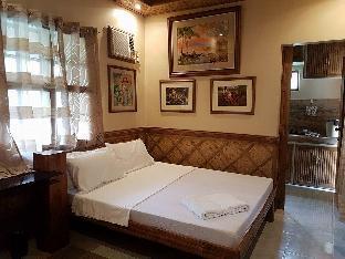 picture 1 of Villa Anastacia Room Beige room