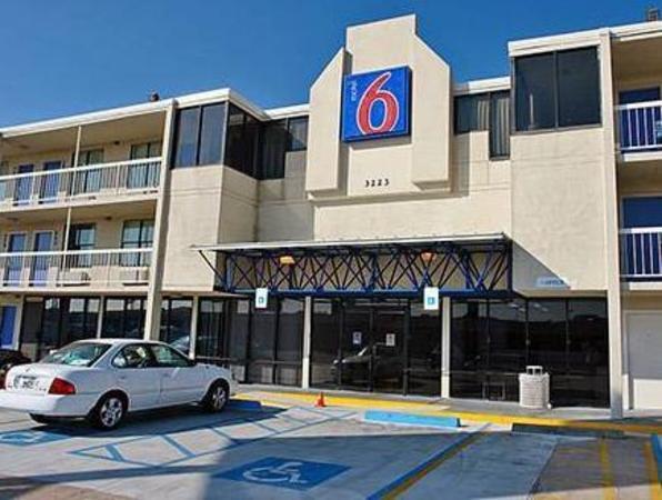 Motel 6 Houston NRG Park Houston