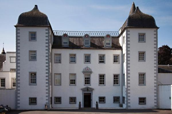 Barony Castle Hotel Eddleston