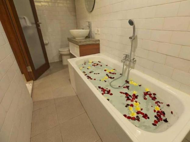 Room Suite Kitchen Close to Monkey Forest Ubud 3
