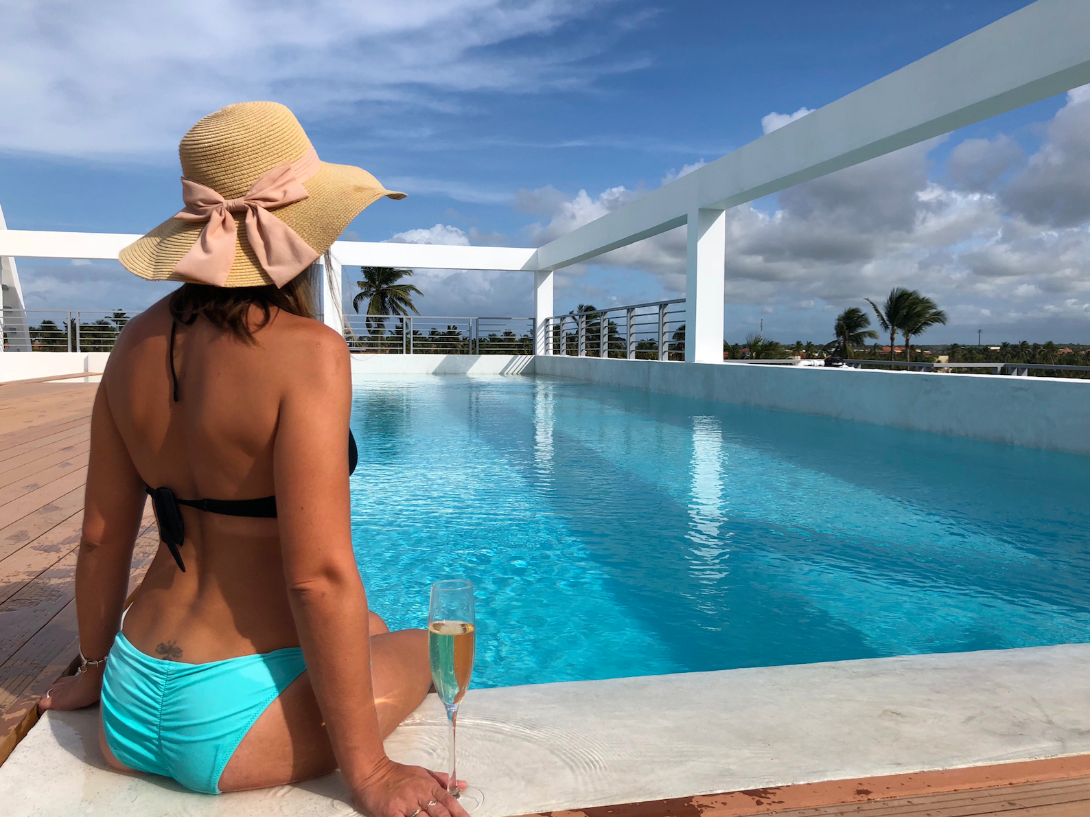 Ducassi Suites Beach Club And Spa ROOFTOP POOL
