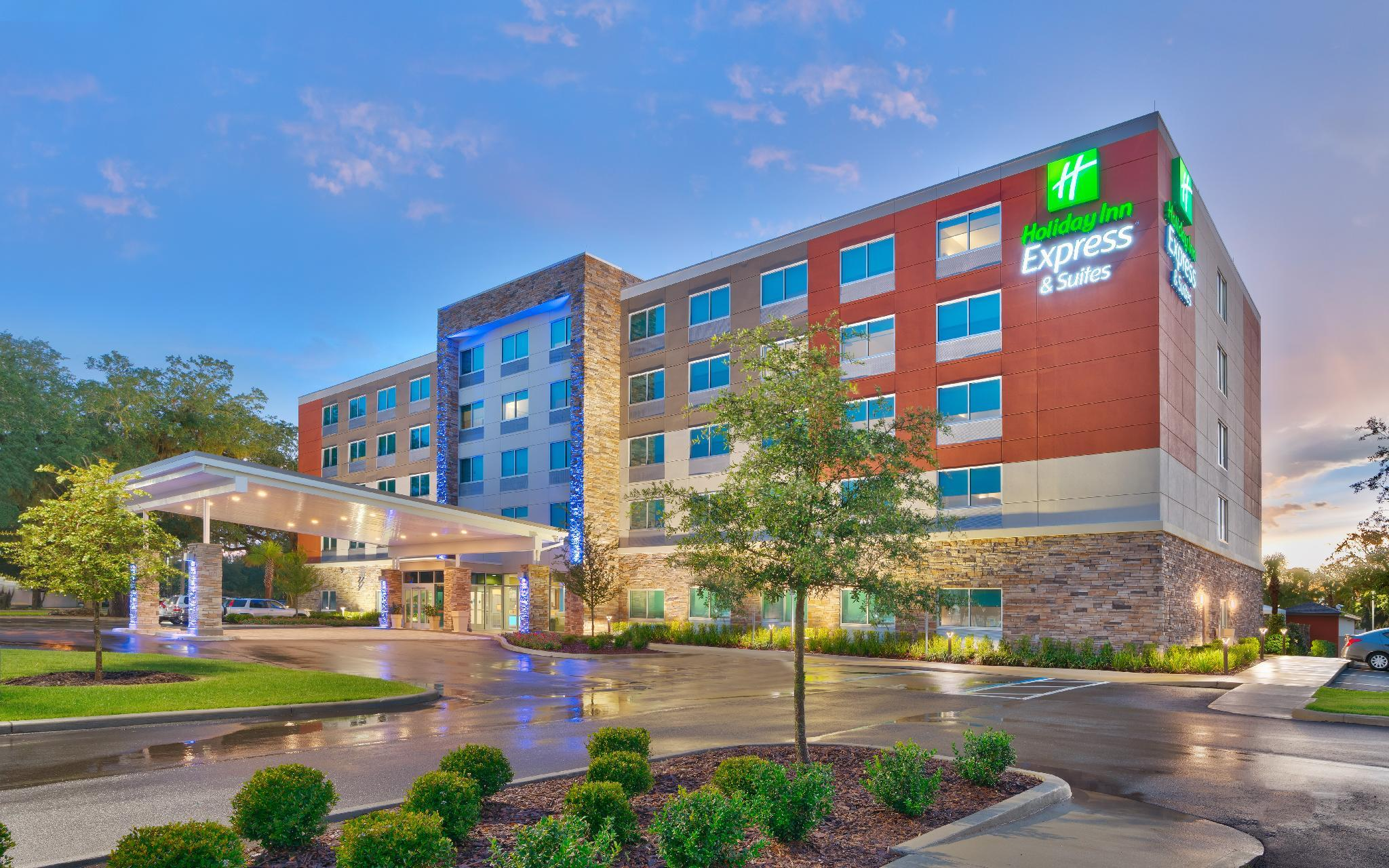 Holiday Inn Express And Suites Gainesville I 75