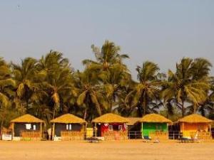 Madhu Beach Huts Agonda