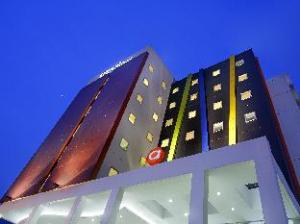 關於巴拉特貝克西阿馬里斯飯店 (Amaris Hotel Bekasi Barat)