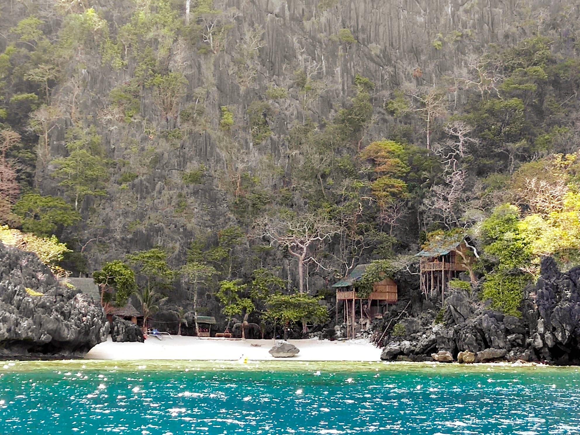 Shante Island Resort