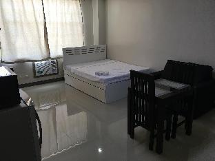picture 5 of Beinte Singko de Marso Apartment 304