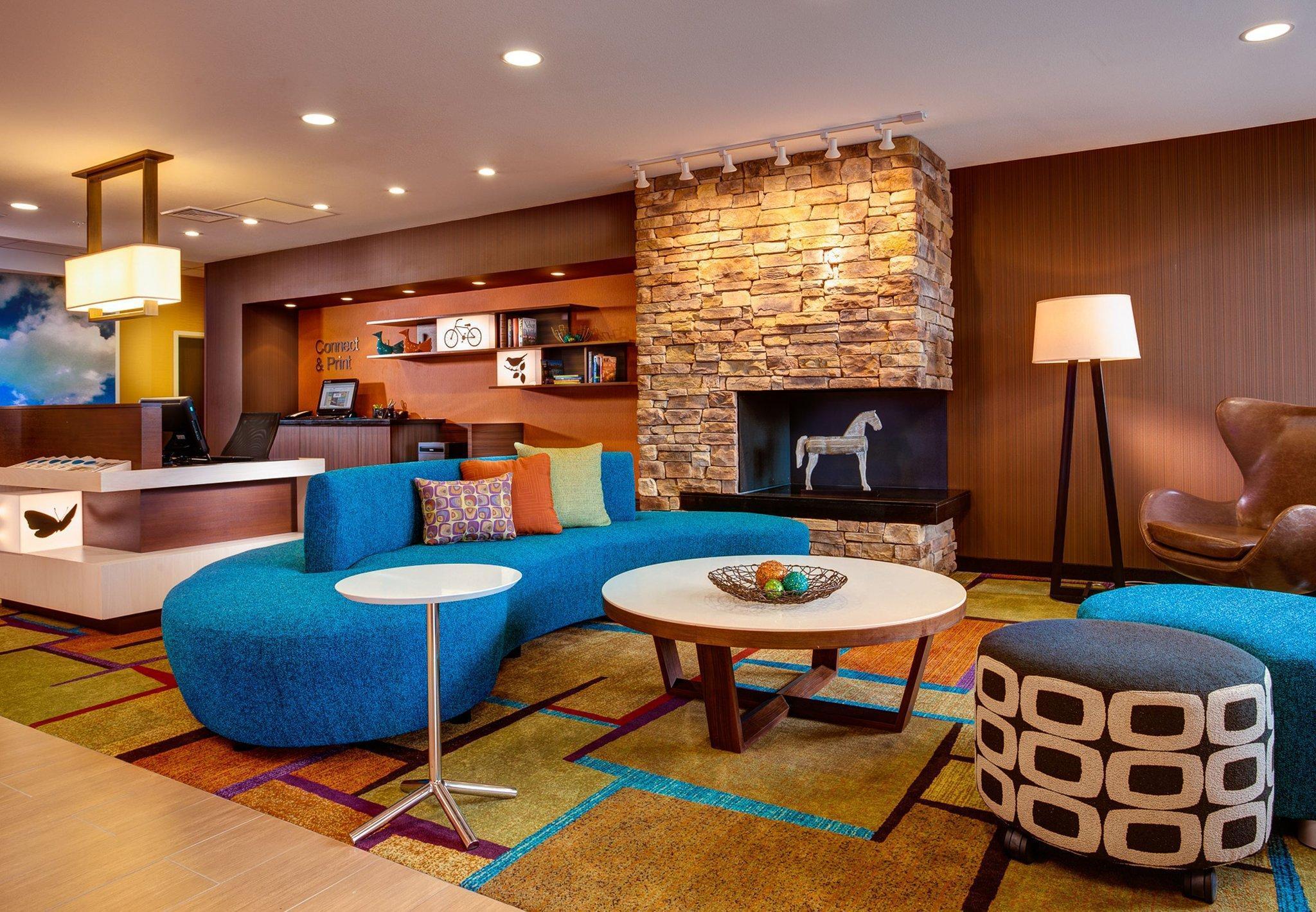 Fairfield Inn And Suites Atlanta Woodstock