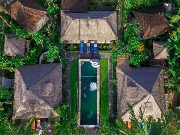 Villa Sweet-Secured Compound-SunsetView-Pool-Resto